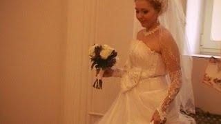 Свадьба.Ловим подвязку.Поёт жених на свадьбе -  Павел Лясковский.