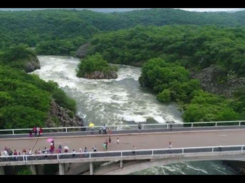 Northeast China sees rare horseshoe-shaped waterfall