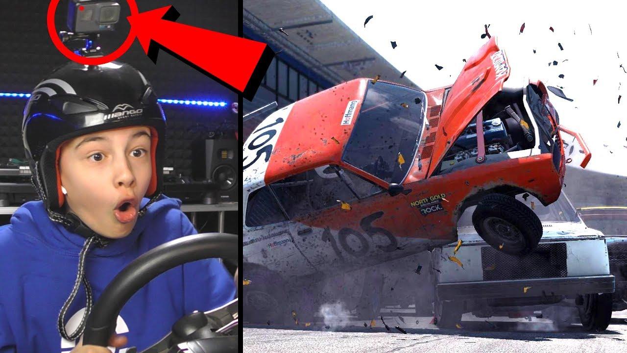 CAR CRASH SIMULATOR !! (met Helm...) 💥