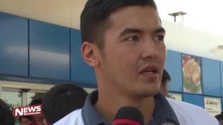 Капитан сборной Кыргызстана по футболу стал заправщиком!