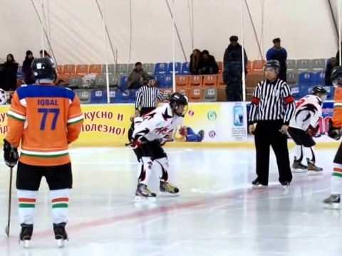 IIHF CCOA 2014 Singapore vs India 6 - 2 Ice Hockey