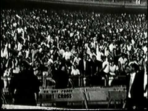 The Beatles at Comiskey Park, Chicago, Summer 1965.mpg
