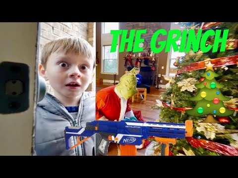 Nerf War: The Grinch Takedown Ridiculous Nicholas