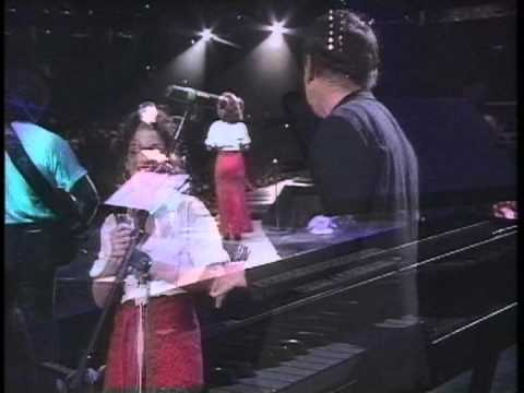 Paul Simon & Gloria Estefan - Bridge Over Troubled Water, Hurricane Relief, 1992