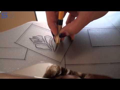 Как можно задекорировать зеркало на шкафу своими руками
