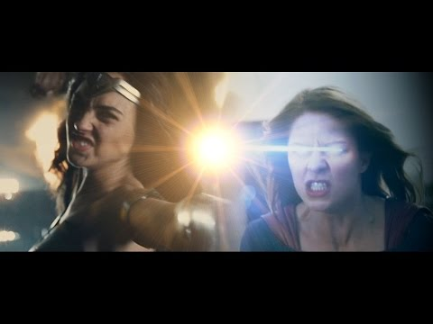 Wonder Woman vs Supergirl Trailer (Fan Made)