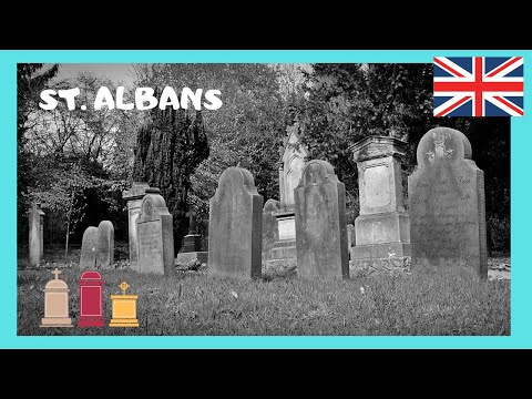 ENGLAND, ancient ENGLISH CEMETERY in the historic town of ST ALBANS