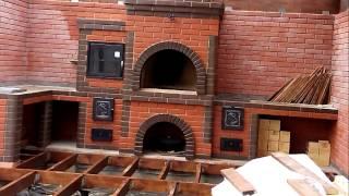 видео Барбекю комплексы с мангалом коптильней казаном.