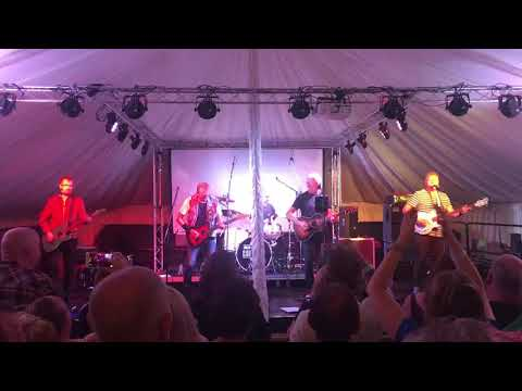 BIG COUNTRY LIVE @ THE ABERDOUR MUSIC FESTIVAL, FIFE, SCOTLAND 03/08/18 IN A BIG COUNTRY