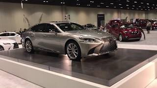 ПРЕМЬЕРА 2018 Lexus LS 500 авто салон Орландо стенд Mercedes 26 Nov 2017 muscle car США
