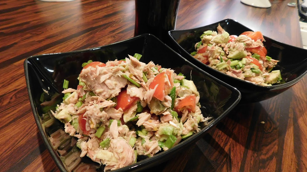 Salatka Z Tunczykiem I Awokado Fit 1 Prosty Przepis