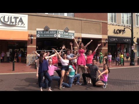 Legally Blonde the Musical - Flash Mob