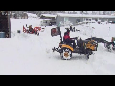 Sequim homeowners dig out of two feet of snow
