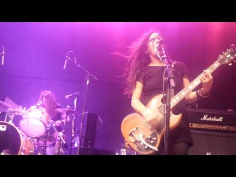 """BABES IN TOYLAND - """"Vomit Heart""""  Live @ Riot Grill Fest  Regent Theater Los Angeles  8-7-15"""