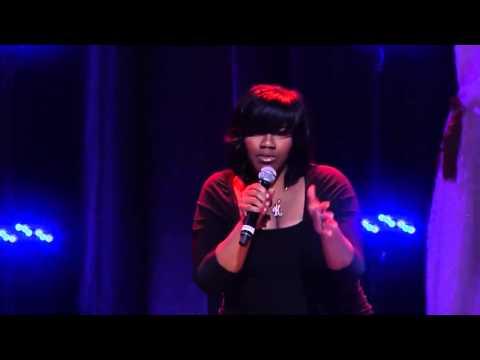 Kelly Price Performance at Divas Simply Singing