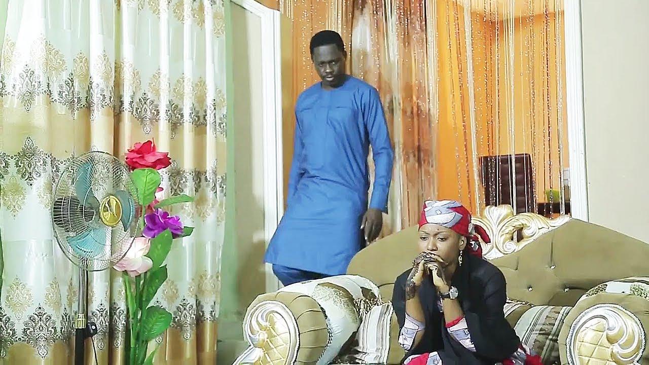 Download Ali Nuhu ya kama nasa matar tana tunanin wani mutum - Hausa Movies 2020 | Hausa Film 2020