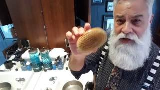Beard Tips: How To Clean Your Brushes And Combs