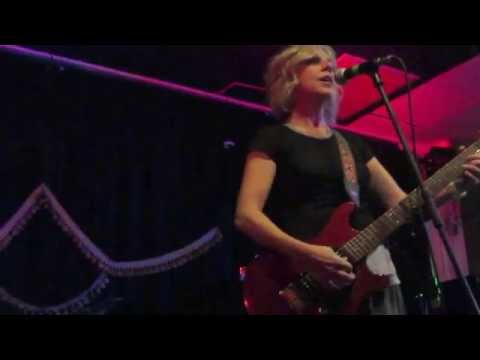 "Tanya Donelly with Bill Janovitz    ""This Hungry Life"""