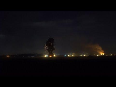 Palestinos huyen de sus casas mientras Israel ataca Gaza con artillería