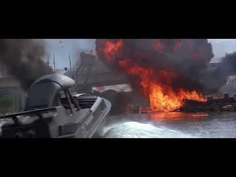 The World Is Not Enough Boat Chase