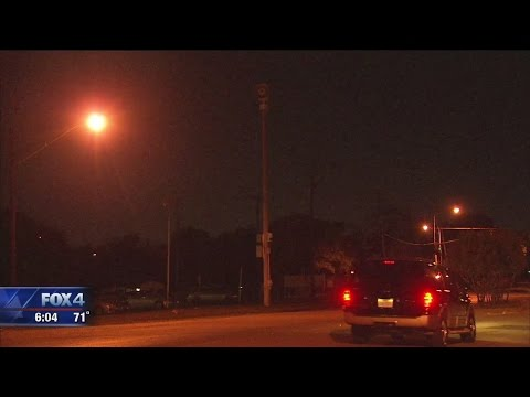 Radio signal used to trigger Dallas sirens