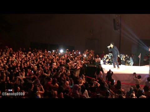 Tulus - Satu Hari di Bulan Juni ~ Teman Pesta ~ Kisah Sebentar @ Konser Gajah Tulus [HD]