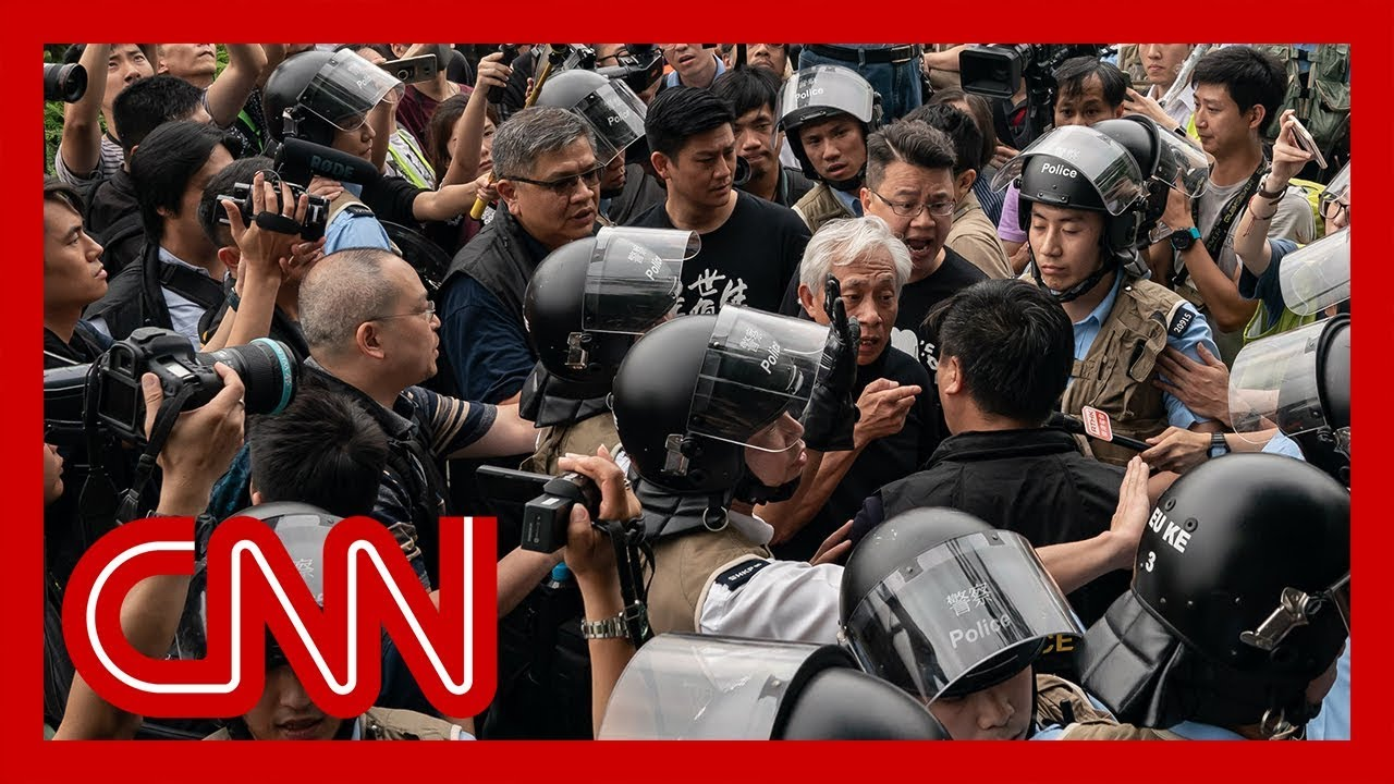 CNN:Protesters arrested after violent clashes in Hong Kong