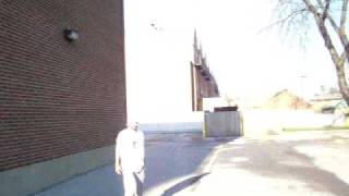 Tony Jaa knee off the wall