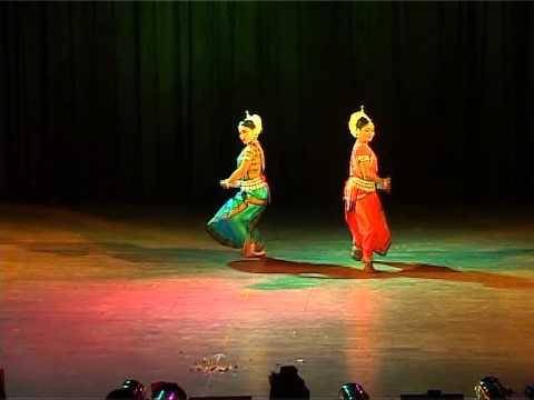 mangale aaile usha duet by pallavi n mamta
