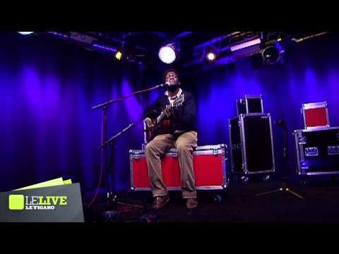 Michael Kiwanuka - Bones - Le Live