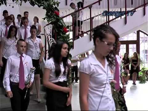 Ballagó az általános iskolában (Összefoglaló), Csenger