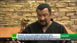 [HD] Action Star Steven Seagal Shares Aikido Expertise With Russian on RT thumbnail