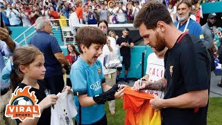 Leo Messi with his fan moment