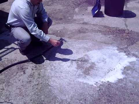 Clean remove oil stains from cement asphalt driveway oil for Clean oil from concrete