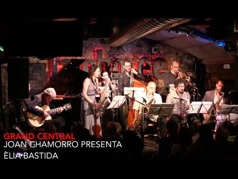 """grand central ""  JOAN CHAMORRO PRESENTA ÈLIA BASTIDA"