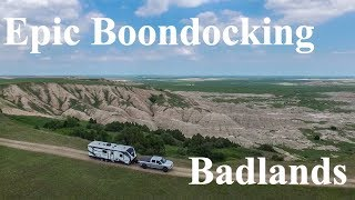Epic Boondocking Campsite Oฑ a Cliff | Badlands National Park