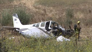 VIDEO Pilot killed when small plane crashes in Sylmar near 405 Fwy ABC7
