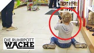 Spielzeugwaffe feuert plötzlich ab: Polizisten und Kind in Schock | Die Ruhrpottwache | SAT.1 TV