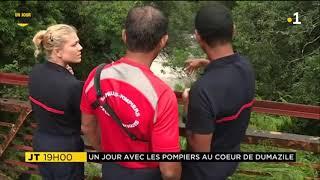 Les pompiers de Saint-Benoît et la brigade nautique de La Réunion.