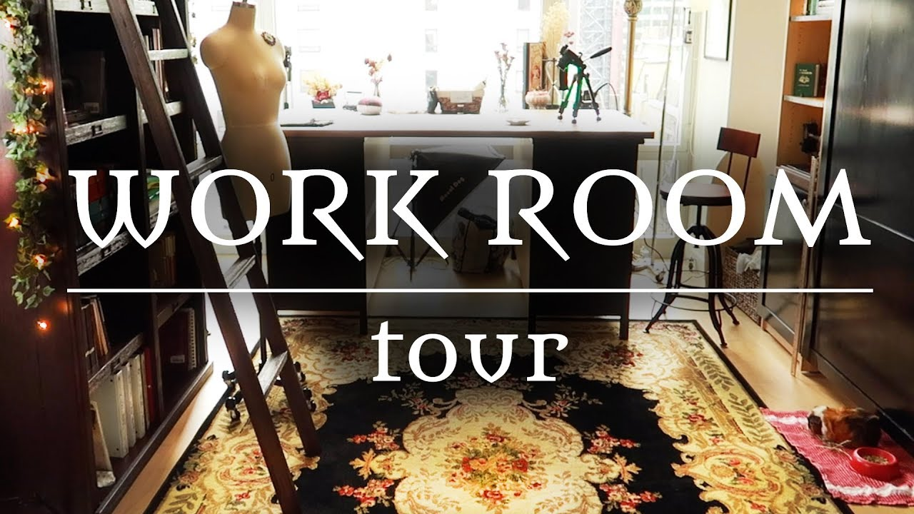 [VIDEO] - A Cosy Victorian-Inspired Sewing Workroom    Tour 3