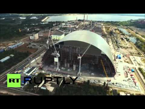 Ukraine: Drone footage shows Chernobyl sarcophagus under construction