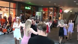 Flashmob Hauptbahnhof Saarbrücken TBO Formation 2 / 07.05.2011