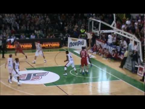 Mustafa Shakur (Novipiù Casale Monferrato - LegaBasket Serie A 11/12)