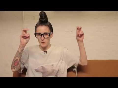 Mint Faces feat. Lauren Flax