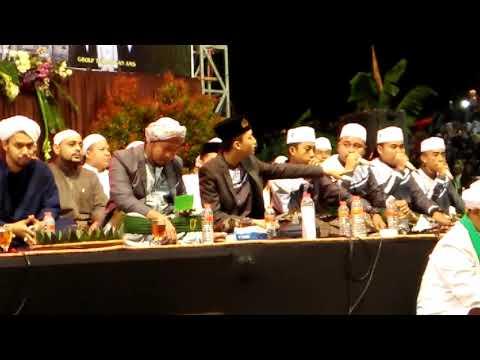Gus Azmi Killa Hadzil Art Matakfi Masaha Syubhanul Muslimiin Bandung Bersholawat