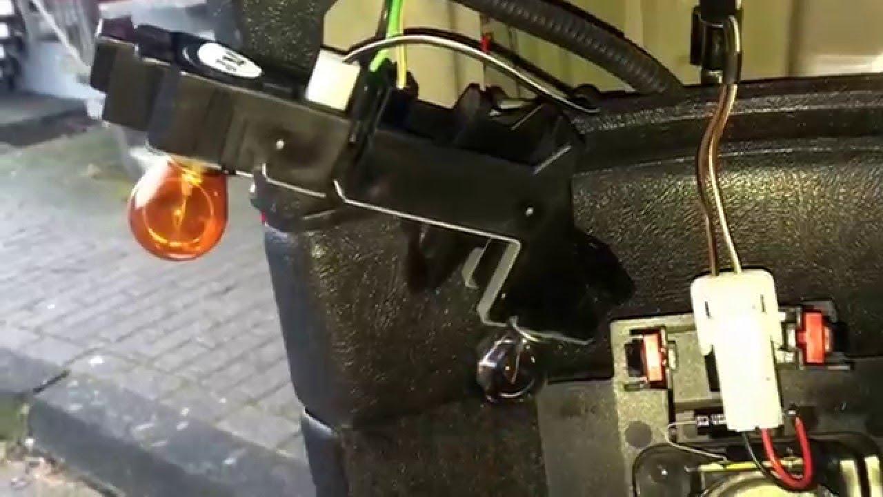 Volvo v70 bremslicht wechseln blinker ersetzen autolicht for Spiegel xc90