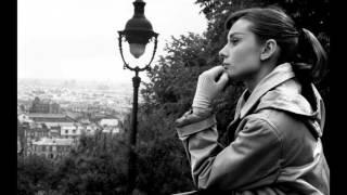 Sous Le Ciel De Paris de Yves Montand