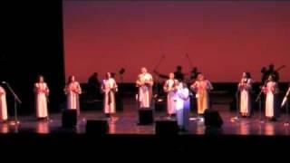 "Glory Gospel Singers ""Kum Ba Yah"""