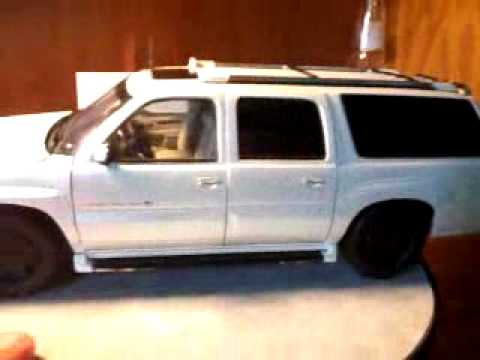 Custom 1/18 Cadillac Escalade ESV - YouTube