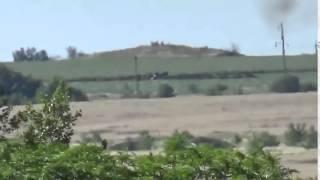 Война  Видео реального боя ополченцы уничтожают из засады украинский танк   YouTube